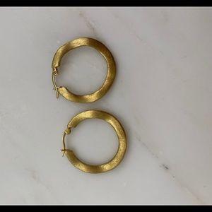Vintage wavy brushed gold hoops